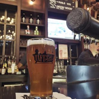Pint at the bar at Taft's